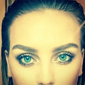 Perrie's 最近 selfie of Instagram