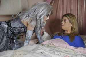 "Pretty Little Liars 5.13 ""How the A ha rubato, stola Christmas"""