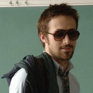 Ryan gansje, gosling - Half Nelson