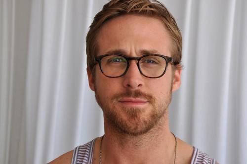 Ryan 小鹅, gosling, 高斯林 壁纸 possibly with a portrait called Ryan 小鹅, gosling, 高斯林