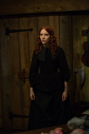 """Salem """"All Fall Down"""" (1x13) promotional picture"""