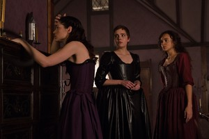 "Salem ""Children, Be Afraid"" (1x09) promotional picture"