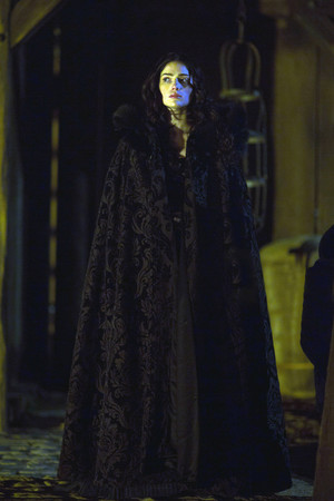 """Salem """"The Stone Child"""" (1x02) promotional picture"""