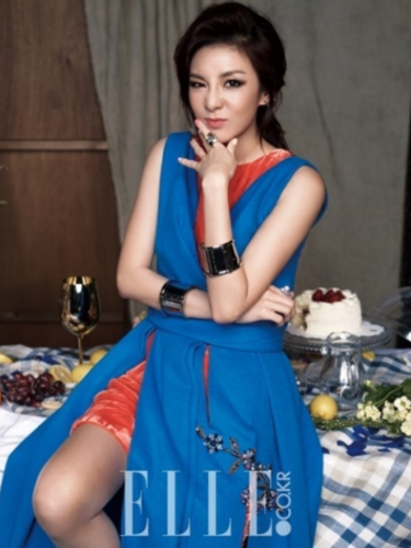 Sandara Park fond d'écran probably with a sundress, a frock, and a dress titled Sandara for ''ELLE''
