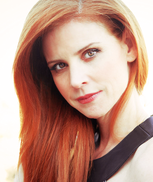 Sarah Rafferty photographed Von Manfred Baumann