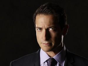 Sean Renard - Season 4 - Cast Photo