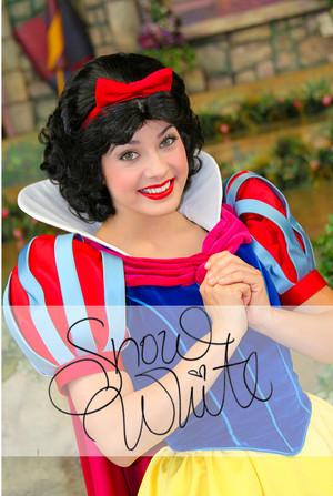 Snow White Autograph