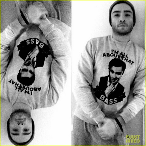 Ed Westwick wallpaper titled So cozy in my AllAboutThatBASS felpa