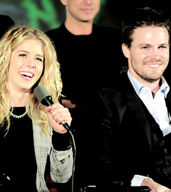 Stephen Amell and Emily Bett Rickards at The Flash vs. Arrow peminat screening event.