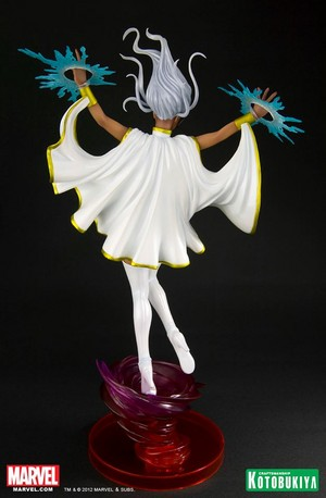 Storm / Ororo Munroe Figurine 1