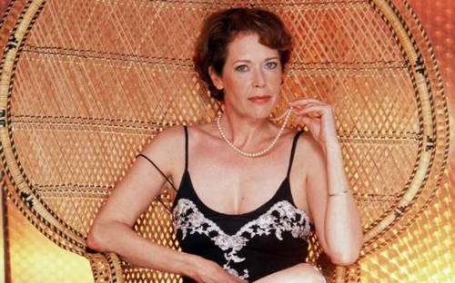 célébrités mortes jeunes fond d'écran possibly containing a bustier, a maillot, and attractiveness entitled Sylvia Kristel (1952 - 2012)