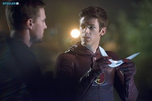The Flash - Episode 1.08 - Flash vs. Arrow - Promotional foto