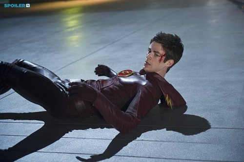 The Flash (CW) Hintergrund titled The Flash - Episode 1.09 - The Man In The Yellow Suit - Promo Pics