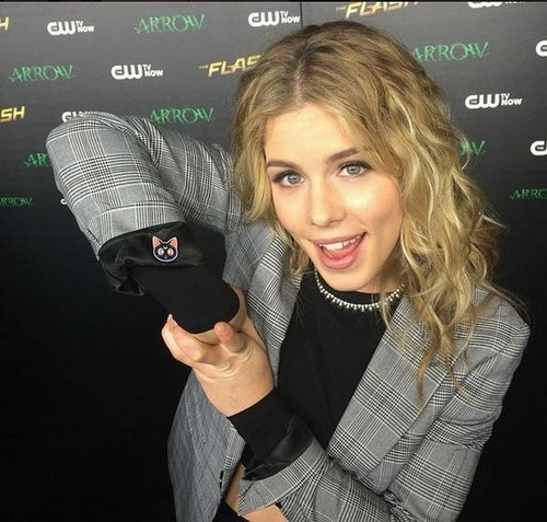 Emily Bett Rickards fond d'écran called The Flash and Arrow Crossover Premiere