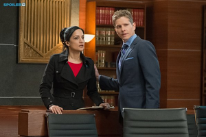 The Good Wife - Episode 6.11 - Hail Mary - Promotional चित्रो