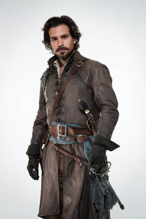 The Musketeers - Season 2 - Cast litrato - Aramis