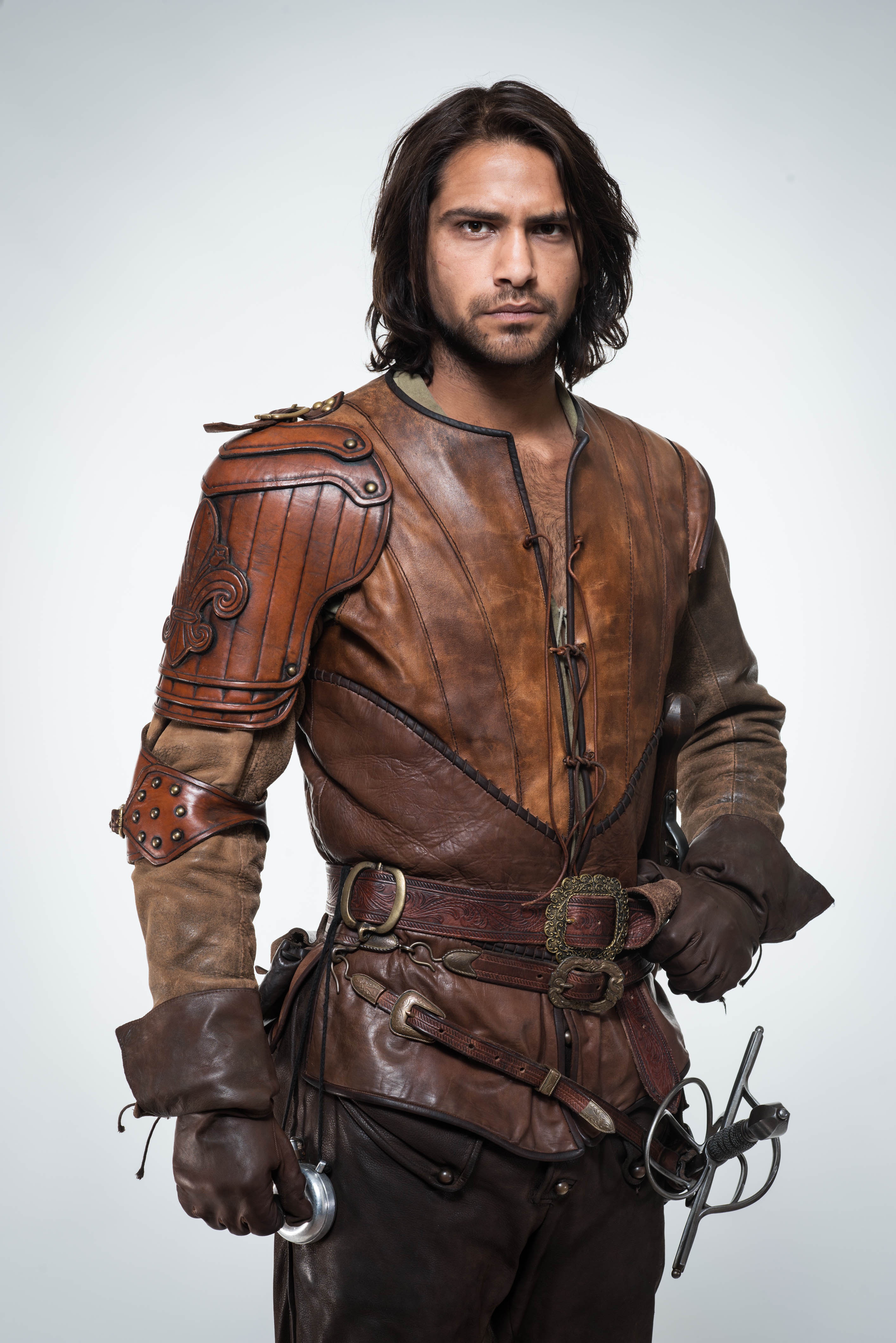 The Musketeers - Season 2 - Cast Photo - D'Artagnan