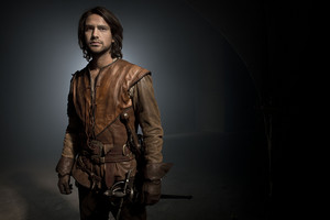 The Musketeers - Season 2 - Cast foto - D'Artagnan