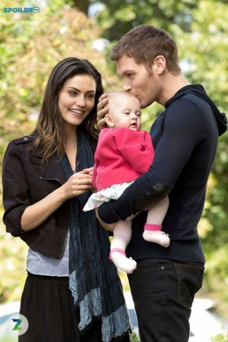 Teen テレビ shows 壁紙 entitled The Originals 2.09 ''The Map of Moments''