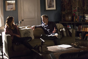 The Vampire Diaries - Episode 6.10 - Christmas Through Your Eyes - Promotional تصاویر