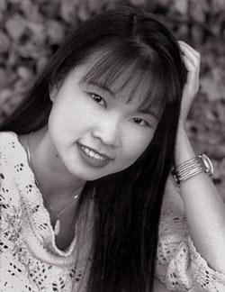 Thuỳ Trang( December 14, 1973 – September 3, 2001)