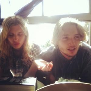 Toby Regbo & Tara Postma