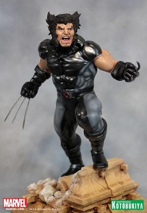 Wolverine / James Howlett X-Force Figurine