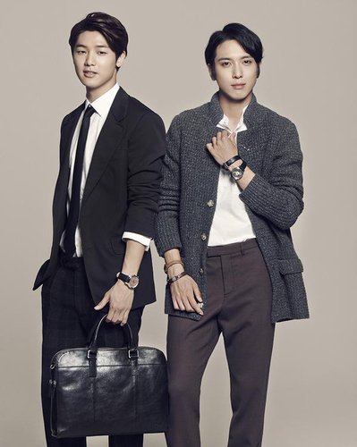 Kang Min Hyuk 壁纸 containing a business suit, a suit, and a well dressed person titled Yonghwa and Minhyuk for FOSSIL