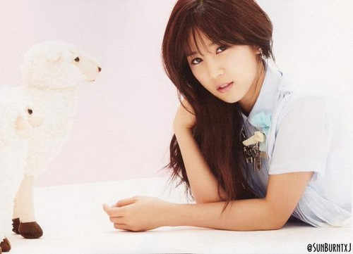 Korea Girls Group A Pink wallpaper probably with a portrait titled chorong- pink luv