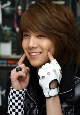cute cheeks lee hong-gi - lee-hong-ki Photo - cute-cheeks-lee-hong-gi-lee-hong-ki-37840820-278-400