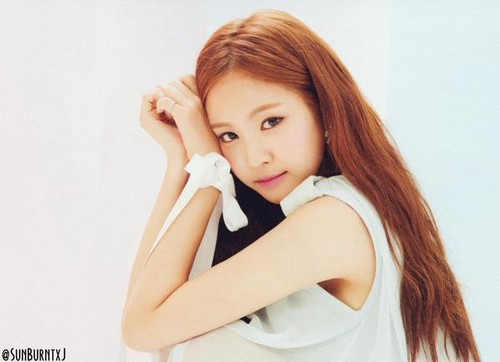 Korea Girls Group A Pink wallpaper containing a portrait and attractiveness entitled naeun - pink luv