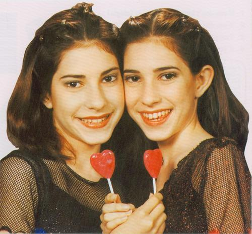 The Veronicas wallpaper entitled                     Fetus Veronicas