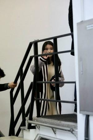 141226 아이유 Sbenu 사진 shoot 방탄소년단