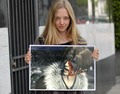 AMANDA SEYFRIED AND FAKE FANS SQUALL LEONHART