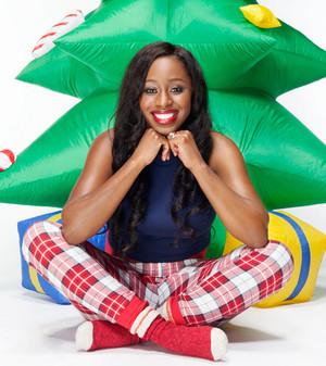 Christmas Divas 2014 - Naomi