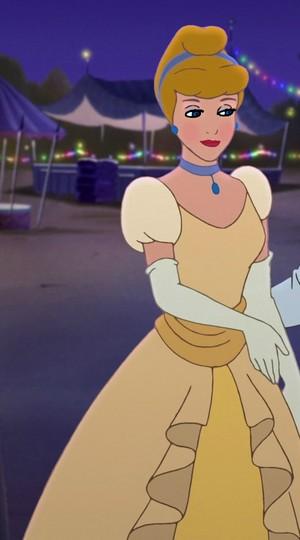 Cinderella's Rosey look