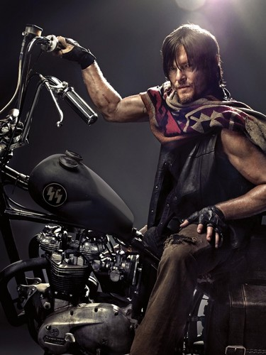 ウォーキング・デッド 壁紙 probably with a motorcycle cop, an internal combustion engine, and a オートバイ called Daryl Dixon