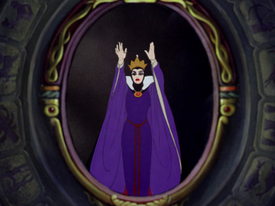 Snow White karatasi la kupamba ukuta possibly containing a stained glass window titled Disney Screencaps - SWATSD.