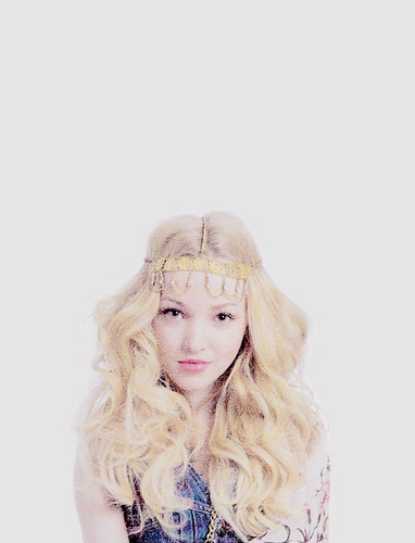 Dove Cameron wallpaper called Dove Cameron