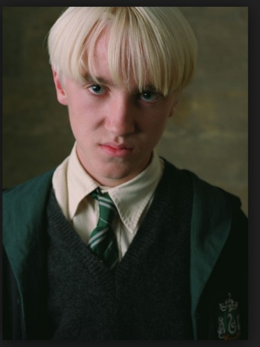 Draco Malfoy wallpaper containing a business suit entitled Draco Malfoy