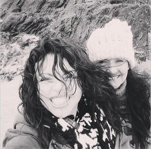 Jesy and her mom ♥