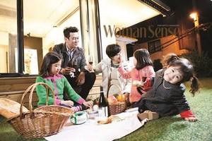 Kim Daehui With His Family