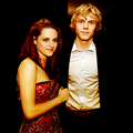 Kristen and Evan Peters