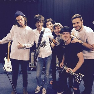 One Direction and Ronnie