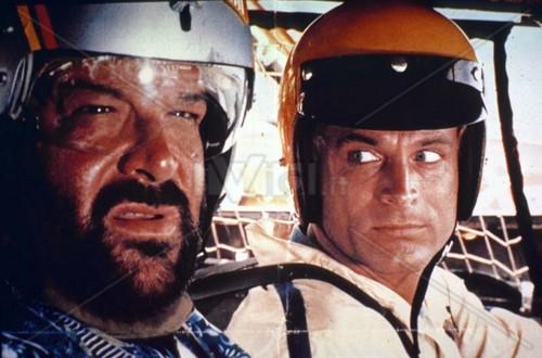 Bud Spencer fondo de pantalla titled Pari e dispari