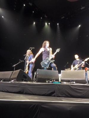 Paul Stanley Onstage With The Foo Fighters ~January 10 in L.A….The Forum
