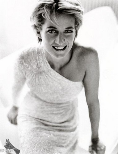 Princess Diana wallpaper probably with a hot tub and skin titled Princess Diana photographed by Mario Testino