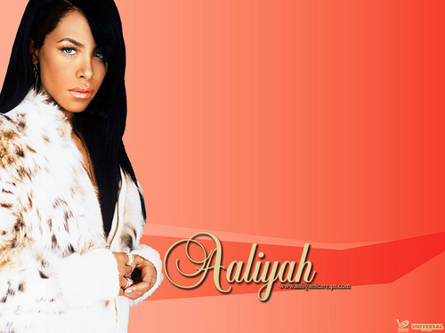 Aaliyah wallpaper probably containing a fur coat titled Queen /.\ ♥ ♥