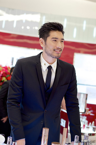 Godfrey Gao wallpaper containing a business suit, a suit, and a two piece called SK - II event