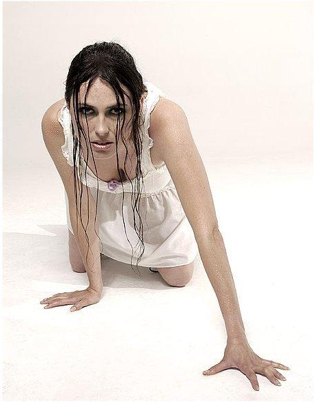 Nackt  Sharon Adel Den Sharon Den
